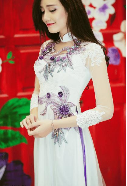 áo dài đính hoa đẹp trang nhã