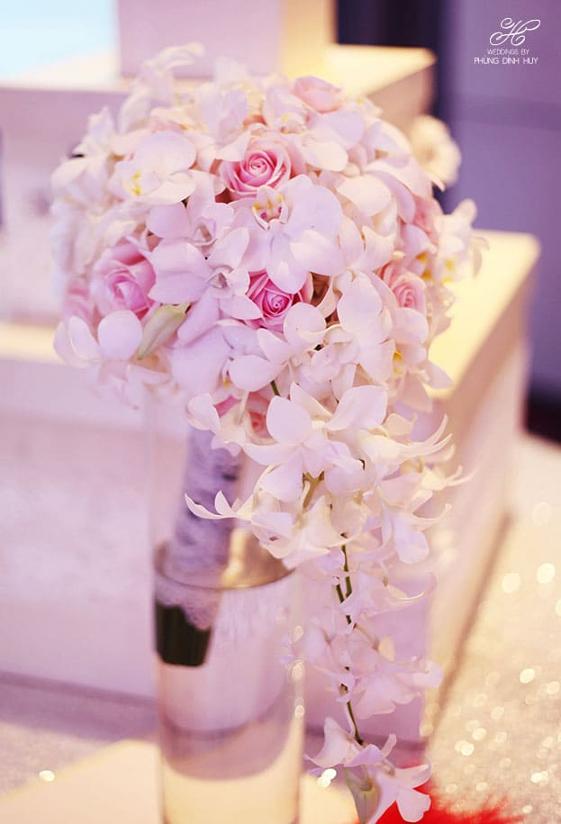 Hoa cưới cầm tay đẹp cho cô dâu