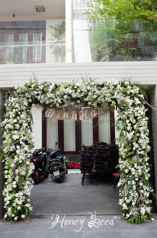 trang trí lễ đính hôn - cổng hoa đính hôn đẹp