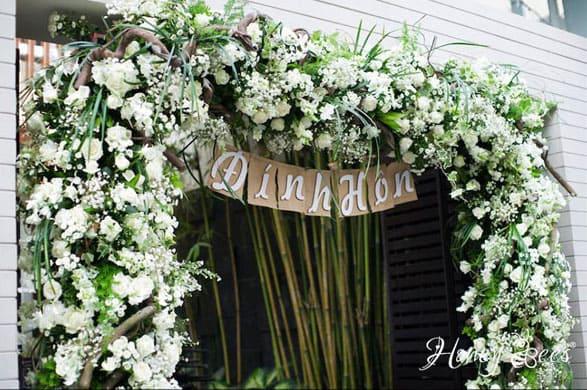 lễ đính hôn phong cách tự nhiên