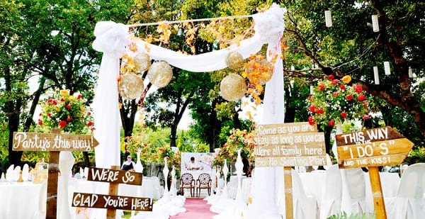 Sân khấu đám cưới 1
