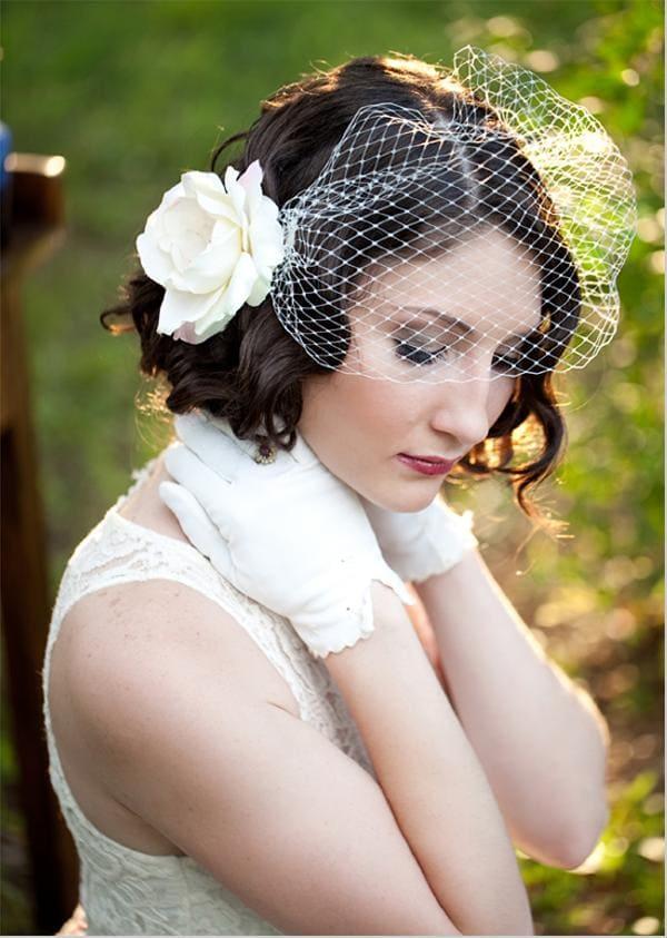 xu hướng tóc cưới cô dâu tóc ngắn