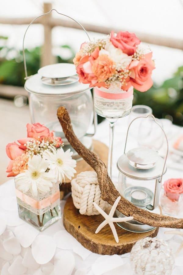 trang trí bàn tiệc cưới ở biển 2
