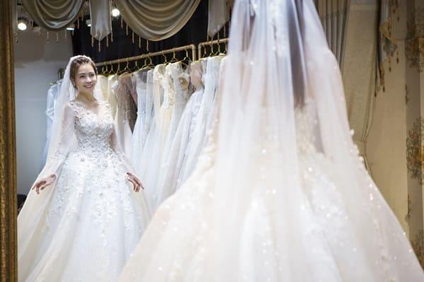 váy cưới của Vũ Ngọc Ánh 2
